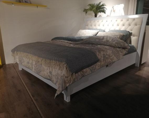 Кровать Bretagne-chape-massif (Бретань-чейп-массив) фото (1)