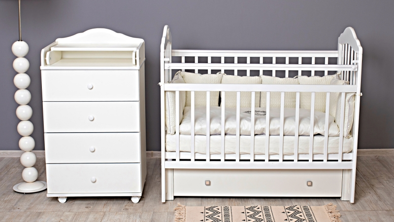 Кроватка для новорожденного Мишка (маятник, ящик; цв. белый) фото (1)