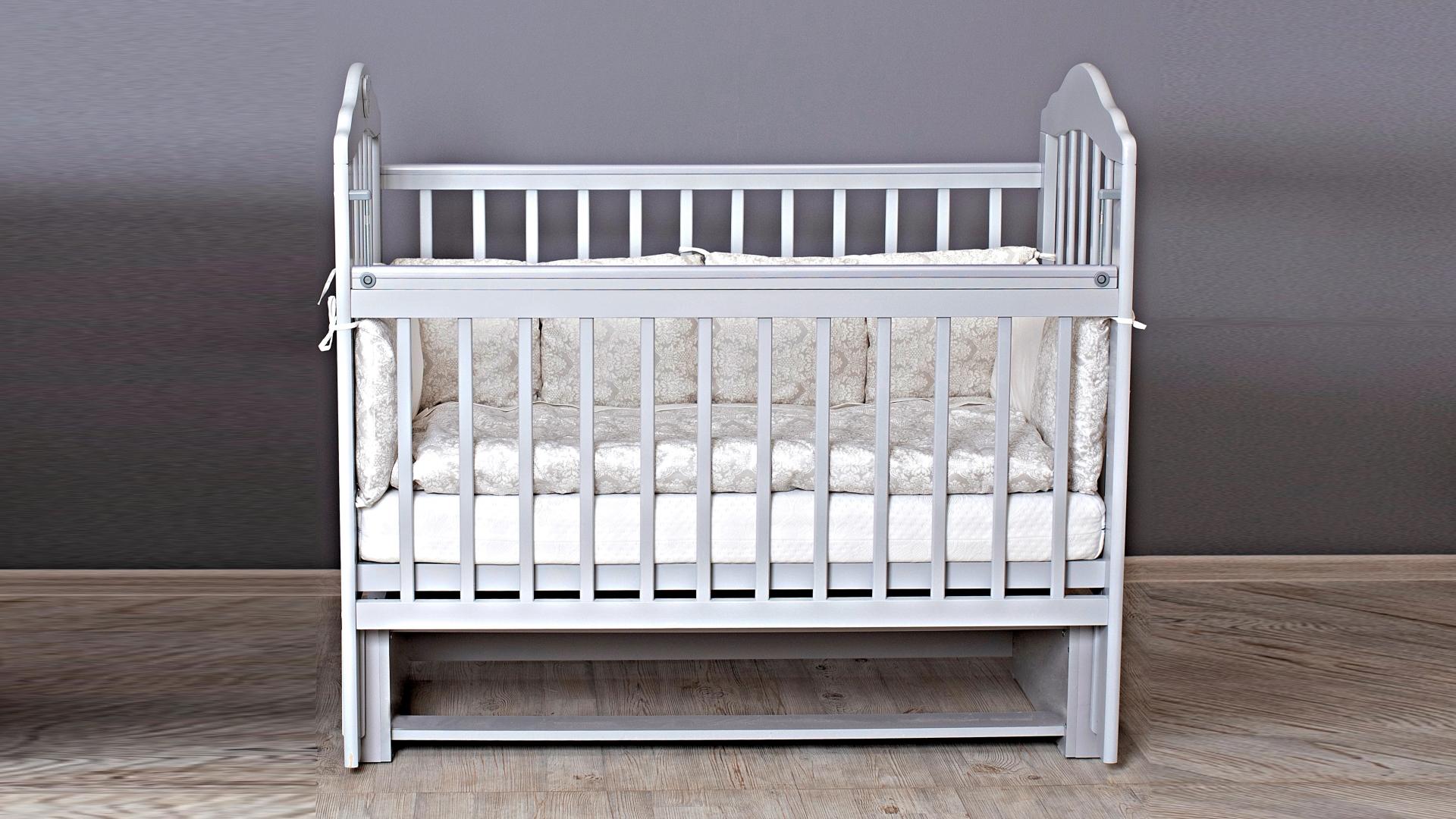 Кроватка для новорожденного Мишка (маятник; цв. серый) фото FullHD (0)