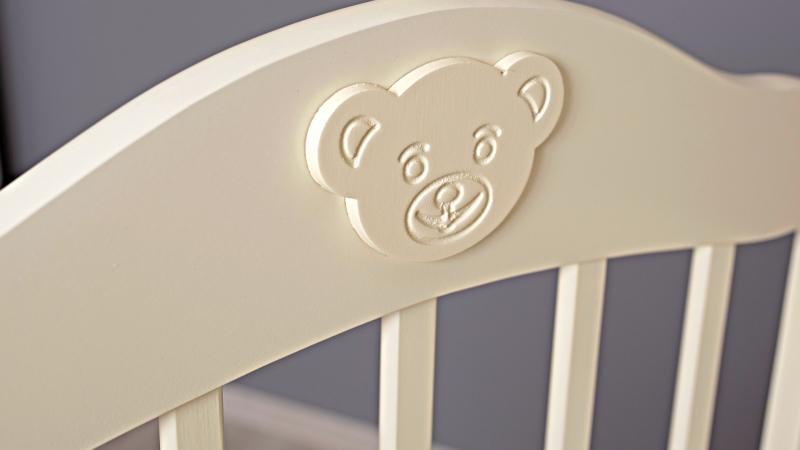 Кроватка для новорожденного Мишка (маятник; цв. слон.кость) фото (2)