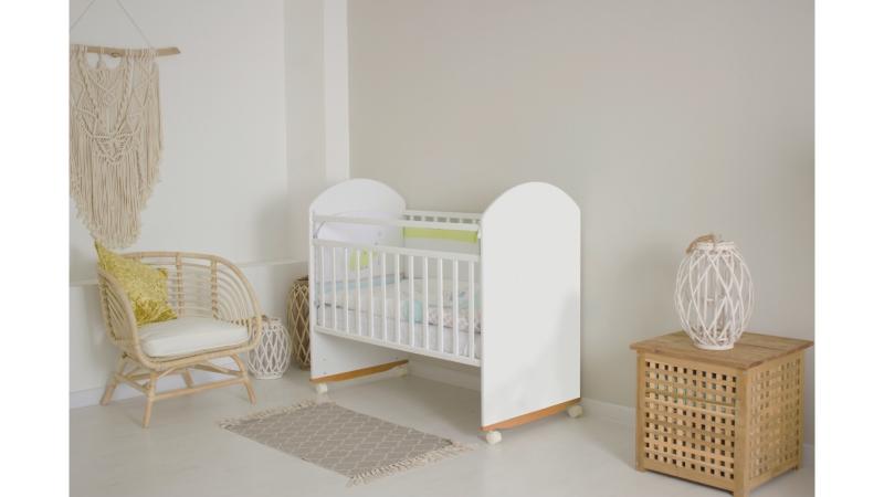 Кроватка для новорожденного Непоседа (качалка; цв. белый) фото (1)