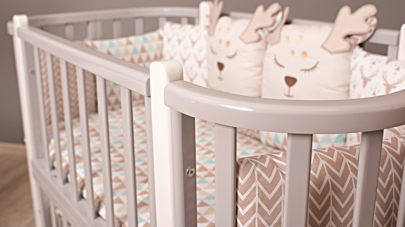 Кроватка для новорожденного Персона (цв. серый/белый) фото (1)