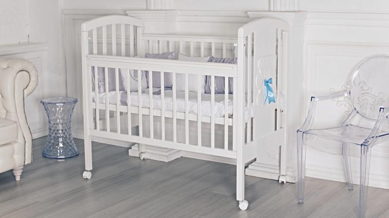 Кроватка для новорожденного Принц (цв. белый) фото (1)