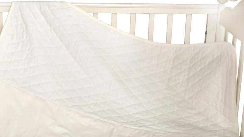 В кроватку новорожденного Покрывало-пододеяльник Мишка на бревнышке фото (1)